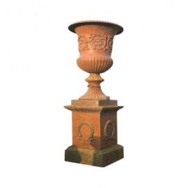 Socle et vase en fonte