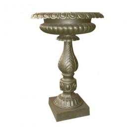 Vase sur colonne en fonte